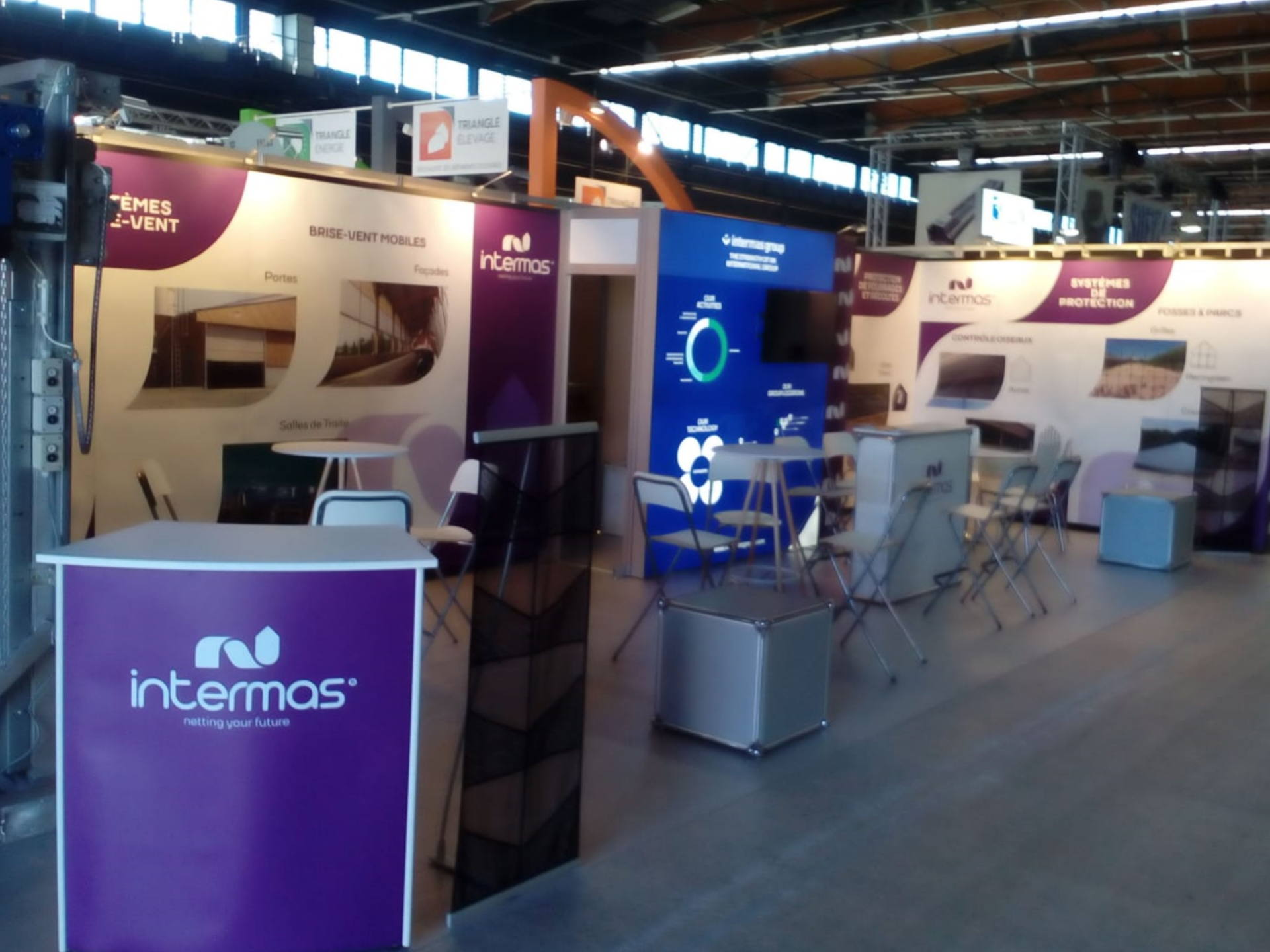 Nomadic Display Trade Show Display for Spanish client